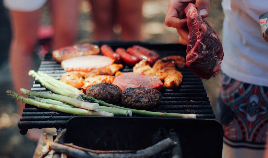 Grilling Safety Tips to Prevent Foodborne Illness